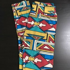 LuLaRoe OS Multicolor Arrow Leggings
